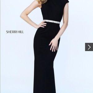 Sherri hill black 50646 Fall 2016 gown. Sz 10